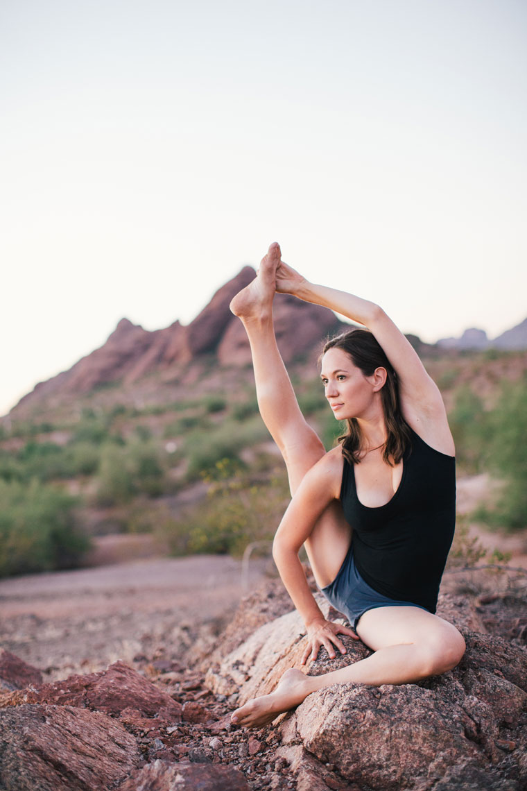 Lifestyle shoot yoga in the desert Pheonix