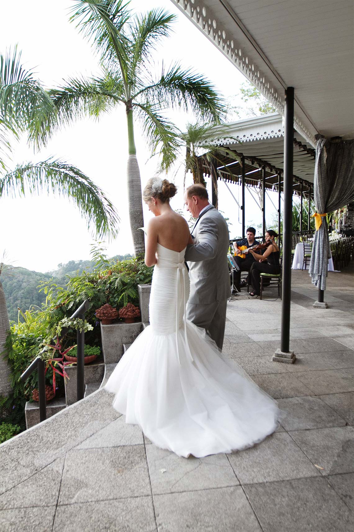 destination wedding Costa Rica omaha wedding photographer005